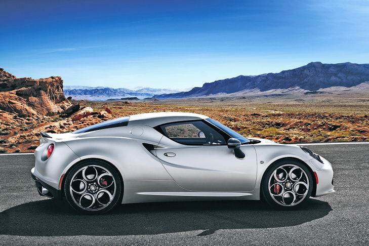 Please, fasten your seatbelts: Alfa Romeo 4C Launch Edition