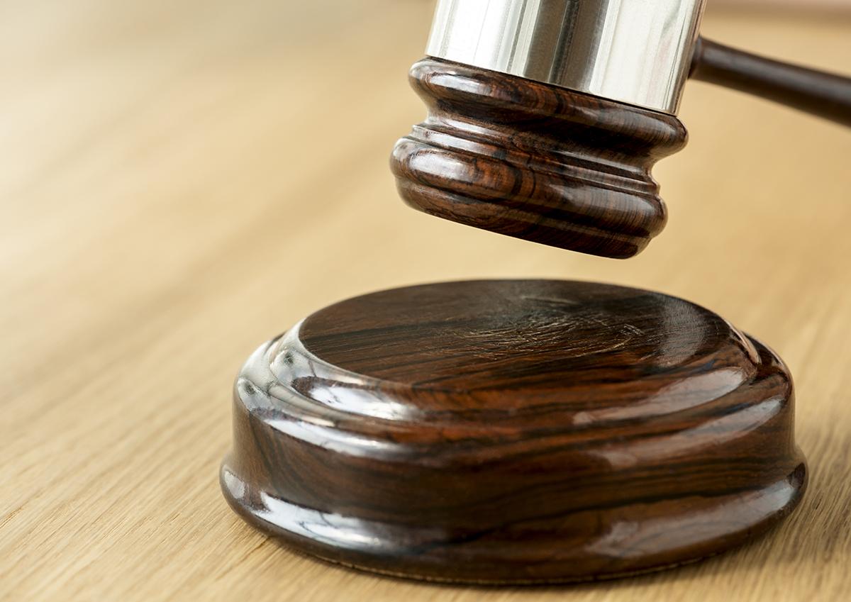 advocaat of jurist