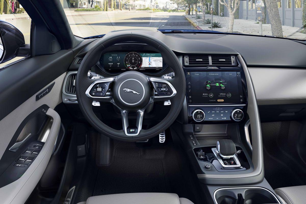 Jaguar-E-Pace-10