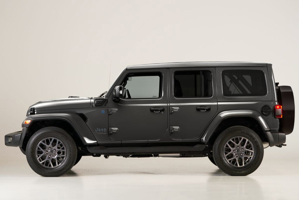 """Jeep Wrangler 4xe """"First Edition""""-8"""
