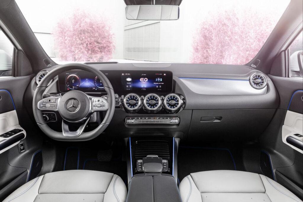 Mercedes-Benz EQA-10