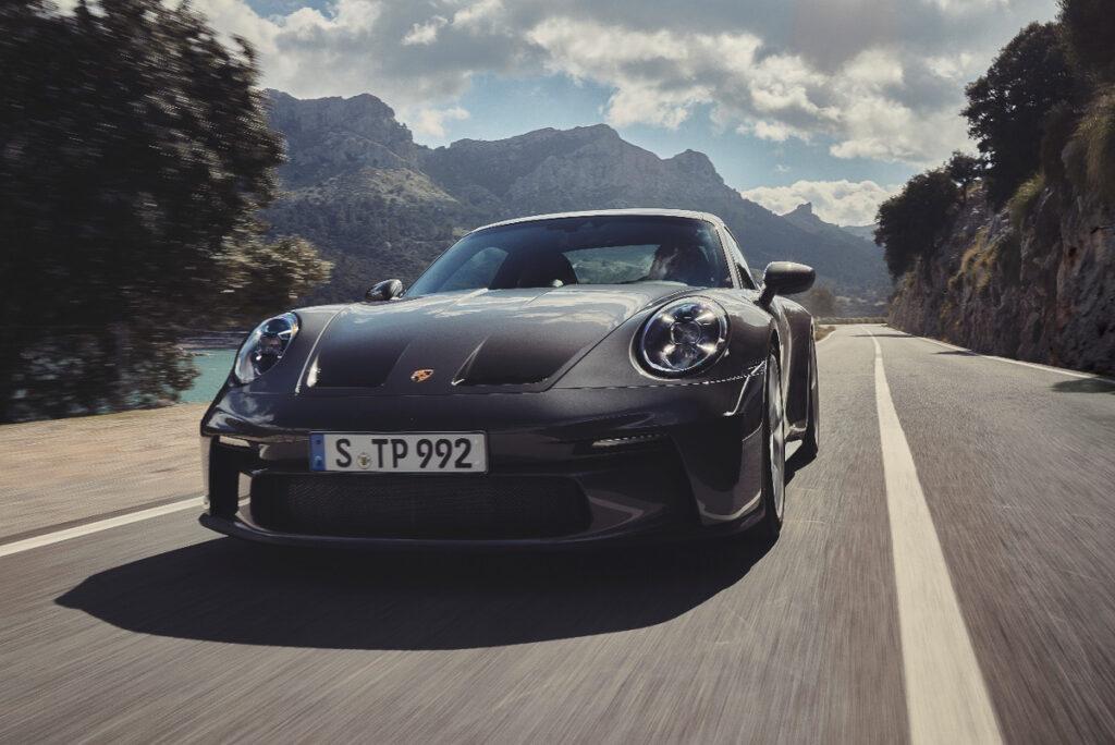 Porsche 911 GT3 Touring-2