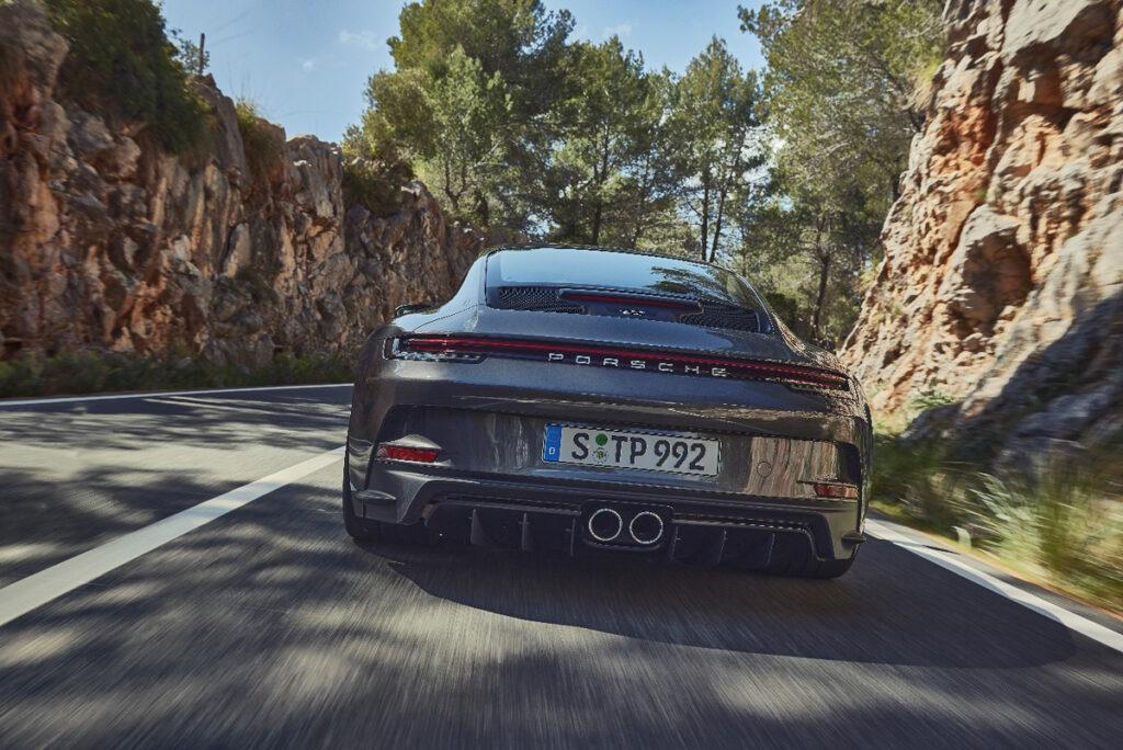 Porsche 911 GT3 Touring-3