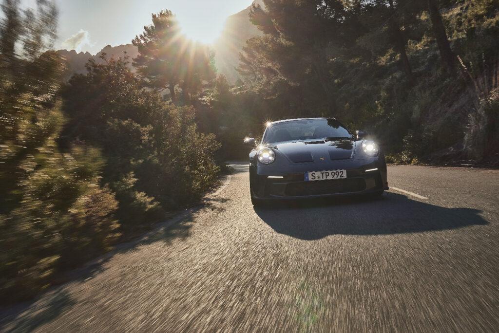 Porsche 911 GT3 Touring-6