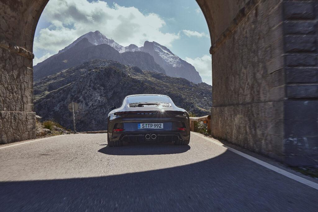 Porsche 911 GT3 Touring-7