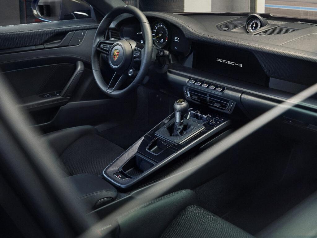 Porsche 911 GT3 Touring-8