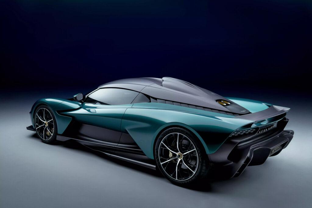 Aston Martin Valhalla-2