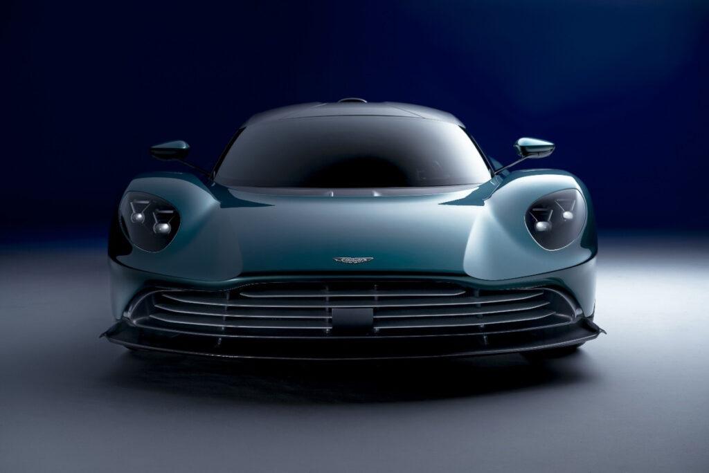 Aston Martin Valhalla-4