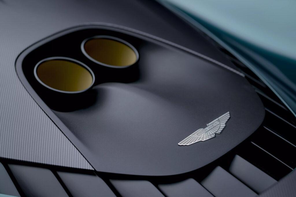 Aston Martin Valhalla-6