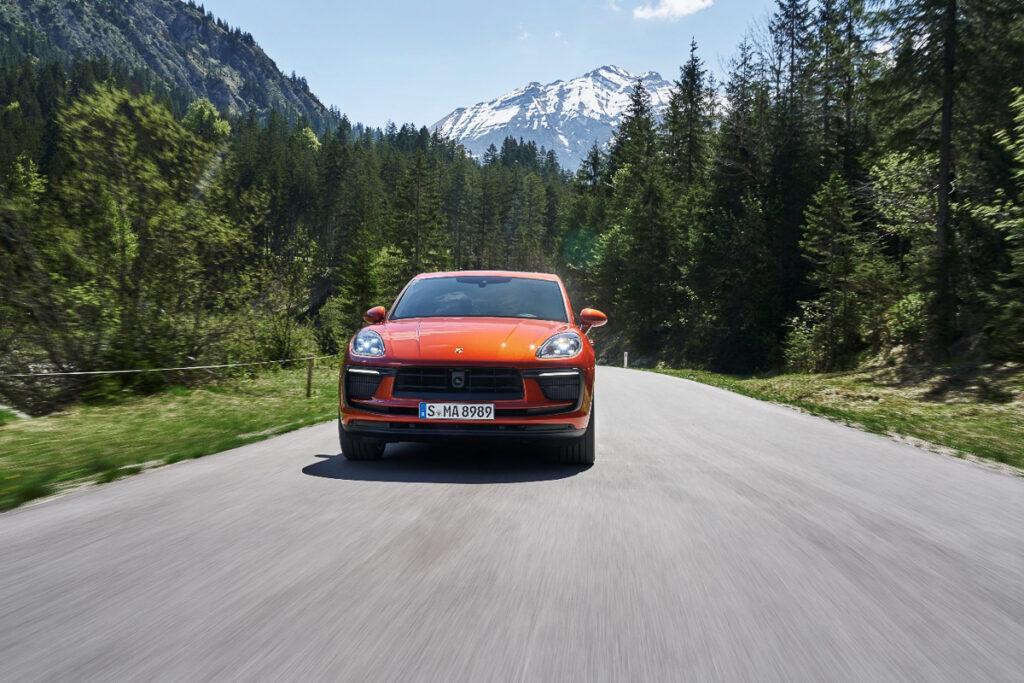 Porsche Macan-2