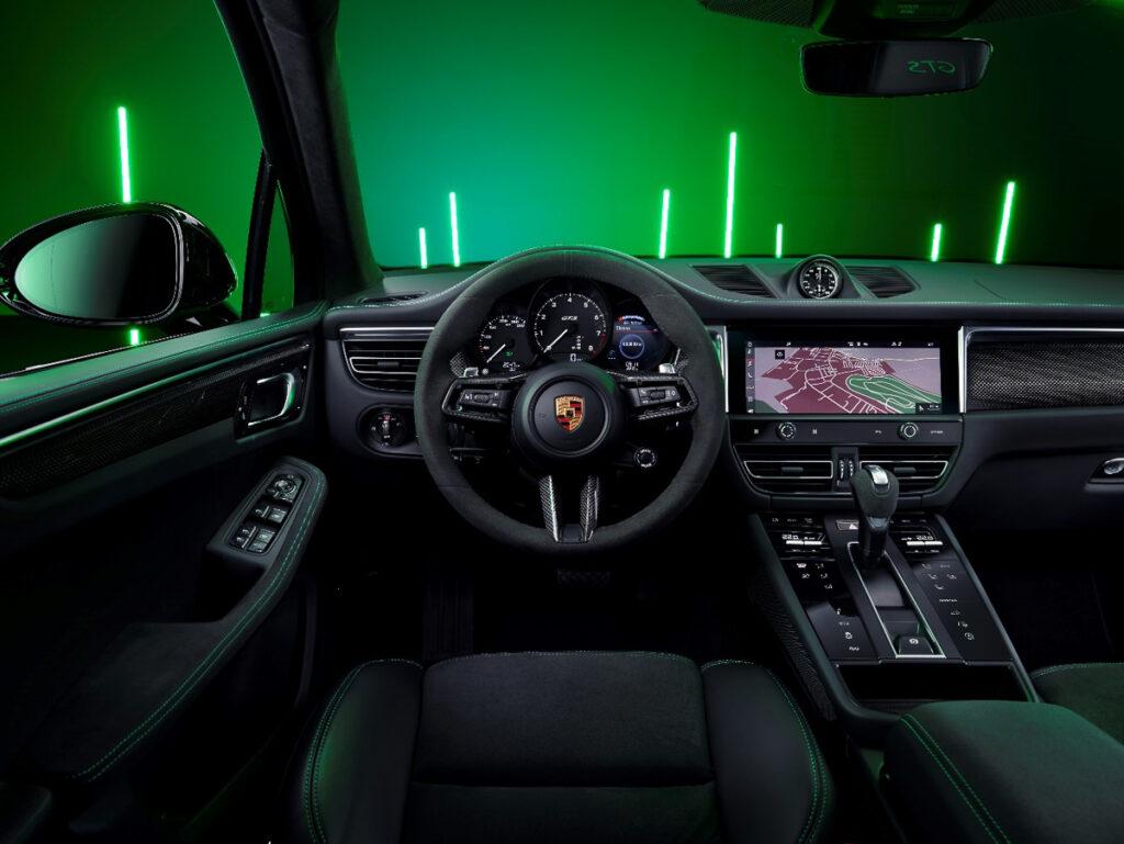 Porsche Macan-6