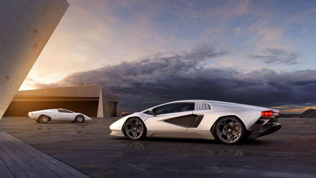 Lamborghini Countach-6